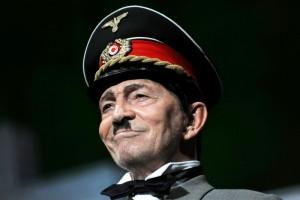 """""""La resistibile ascesa di Arturo UI"""", con Umberto Orsini, al Teatro Bellini di Napoli dal 28 febbraio 2012"""