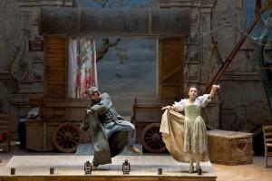 """Al Teatrino di Corte di Palazzo Reale di Napoli dal 5 al 13 maggio 2012 """"Il maestro di cappella""""di Cimarosa e """"La Furba e lo sciocco"""" di Sarro"""