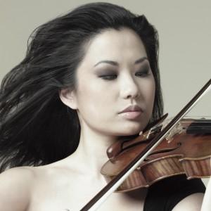 Teatro San Carlo di Napoli: primo appuntamento della stagione estiva con la violinista Sarah Chang