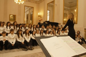 Il Concerto di Natale con il Coro e il Coro di Voci Bianche del Teatro San Carlo di Napoli