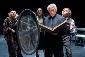 """""""Il fu Mattia Pascal"""", uno spettacolo di e con Tato Russo, Teatro Bellini di Napoli dal 15 al 17 marzo 2013"""