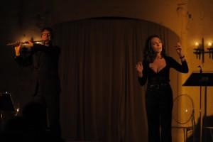 """Recensione di """"Omaggio a voi"""", recital di Maria Rosaria Omaggio"""