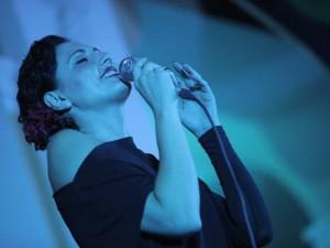 Fiorenza canta Viviani, anteprima nazionale allo Stabia Teatro Festival