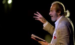 """Mariano Rigillo in """"Ferito a morte – Preludio"""" di Raffaele La Capria, al Teatro Nuovo di Napoli"""