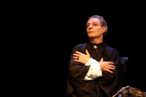 """Prenderà il via, con il progetto """"Ritmos Vocales"""" di Enzo Moscato, la stagione teatrale 2014/2015 del Teatro Nuovo di Napoli"""