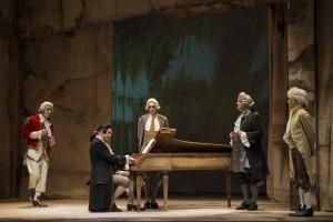 """""""Amadeus"""", con Tullio Solenghi, dal 2 al 7 dicembre 2014 al Teatro Mercadante di Napoli"""