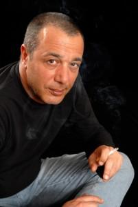 """Federico Salvatore in """"…E noi zitti sotto"""" dall'11 al 21 dicembre 2014 al Teatro Totò di Napoli"""