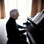 Il leggendario Vladimir Ashkenazy in concerto al Teatro San Carlo di Napoli, lunedì 1° giugno 2015