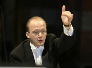 Hansjörg Albrecht dirige un programma di musiche settecentesche, il 25 maggio 2015 al Teatro San Carlo di Napoli