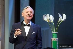 """Leo Gullotta in """"Spirito Allegro"""" di Noel Coward dal 25 novembre 2015 al Teatro Diana di Napoli"""
