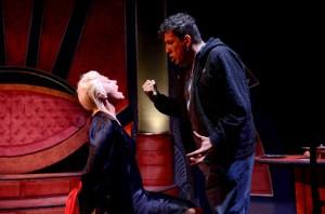 """""""Il mondo non mi deve nulla"""", di Massimo Carlotto, dal 2 al 7 febbraio 2016 al Teatro Bellini di Napoli"""