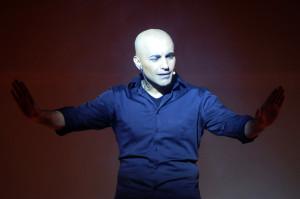 """Lino Barbieri in """"Ma che bel castello"""", mercoledì 6 aprile 2016 al Teatro Cilea di Napoli"""