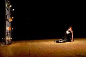 """Antonio Latella porta in scena Candida Nieri in """"MA"""", di Linda Dalisi, dal 16 al 20 novembre 2016 al Teatro Nuovo di Napoli"""