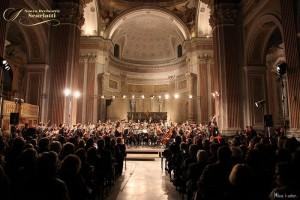 Gran finale dell'Autunno Musicale 2016 della Nuova Orchestra Scarlatti, il 17 dicembre 2016 nell'imponente Basilica di San Giovanni Maggiore
