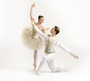 """""""Cenerentola"""" di Sergeij Prokof'ev, balletto con una nuova coreografia, dal 5 al 12 marzo 2017 al Teatro San Carlo di Napoli"""