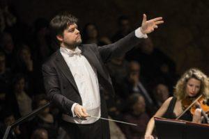 Inaugurazione della Stagione di Concerti 2017-18 del Teatro San Carlo di Napoli: Juraj Valčuha sul podio di Orchestra e Coro, il 24 ottobre 2017