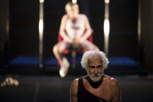 """La versione """"rock"""" delle Baccanti di Euripide, firmata da Andrea De Rosa, dal 22 novembre al 3 dicembre 2017 al Teatro Mercadante di Napoli"""