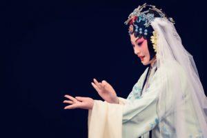 """Autunno Danza 2017: dalla Cina, la Compagnia dell'Opera Kun porta in scena """"Il Padiglione delle peonie"""", l'11 novembre 2017 al Teatro San Carlo di Napoli"""