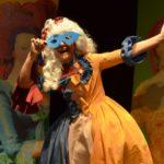 """""""Regine Sorelle"""", con Titti Nuzzolese, scritto e diretto da Mirko Di Martino, dal 1° al 4 febbraio 2018 al Nuovo Teatro Sancarluccio di napoli"""