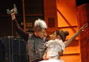 """""""Teatro Delusio"""", uno spettacolo di Familie Flöz, dal 23 al 28 gennaio 2018 al Teatro Bellini di Napoli"""