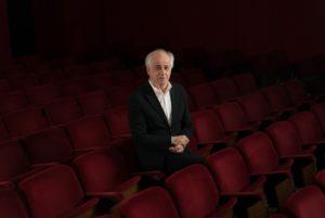 """Toni Servillo in """"Eternapoli"""", per attore, attrice, coro misto e grande orchestra, il 16 ed il 17 febbraio 2018 in prima assoluta al Teatro San Carlo di Napoli"""
