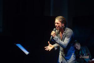 """""""Anch'io mi chiamo G – recital di un fan di Giorgio Gaber"""", dall'8 all'11 febbraio 2018 al Nuovo Teatro Sancarluccio di Napoli"""