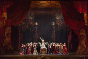 Torna la Traviata dalle scene preziose al Teatro San Carlo di Napoli, in scena per un mese dal 20 maggio al 20 giugno 2018
