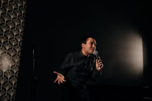 Al via lo Stand Up Comedy al Piccolo Bellini di Napoli. Primo appuntamento il 19 ottobre 2018 con Saverio Raimondo