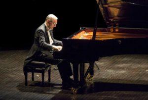 Michele Campanella in concerto, il 28 novembre 2018 al Teatro San Carlo di Napoli