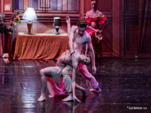 """La Compagnia Nazionale Raffaele Paganini presenta """"Il lago dei cigni"""", il 26 ed il 27 gennaio 2019 al Teatro Roma"""