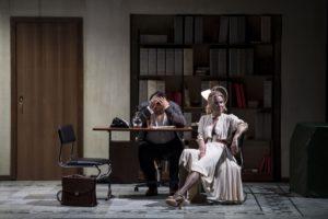 """""""Scene da un matrimonio"""",  nella messa in scena del regista russo Andrei Konchalovsky, dal 3 al 14 aprile 2019 al Teatro Mercadante di Napoli"""