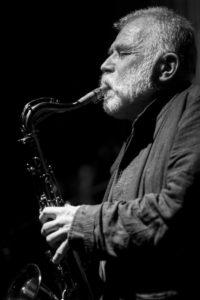 Peter Brötzmann per la prima volta in concerto a Napoli, l'8 maggio 2019 presso la Chiesa di San Giuseppe delle Scalze