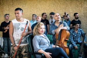 """Capone & BungtBangt, Solis String Quartet e Iaia Forte in """"Strativari"""", il 10 luglio 2019 presso il Cortile di Palazzo Reale di Napoli"""