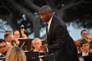 Wayne Marshall dirige l'Orchestra del Teatro Carlo Felice di Genova, il 21 luglio 2019 al Belvedere di Villa Rufolo  di Ravello