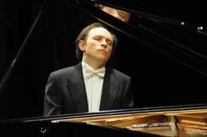 Carlo Guaitoli, il solista classico che suona con Franco Battiato, il 16 ottobre 2019 alla Chiesa Luterana di Napoli