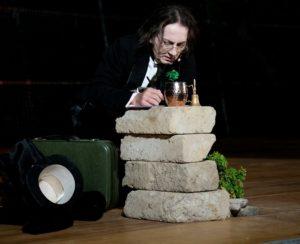 """""""La ballata del carcere di Reading"""", di Oscar Wilde, interpretato e diretto da Roberto Azzurro, dal 14 al 17 novembre 2019 al Ridotto del Mercadante di Napoli"""