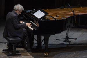 Nicola Piovani in concerto al  Teatro Mercadante di Napoli, il 19 dicembre 2019