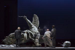 """Recensione di """"Tosca"""", di Giacomo Puccini, per la regia di Edoardo De Angelis, al Teatro San Carlo di Napoli"""