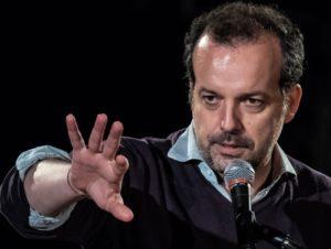 """""""In nome del padre"""", scritto, diretto e interpretato da Mario Perrotta, dal 4 al 9 febbraio 2020 al Piccolo Bellini di Napoli"""