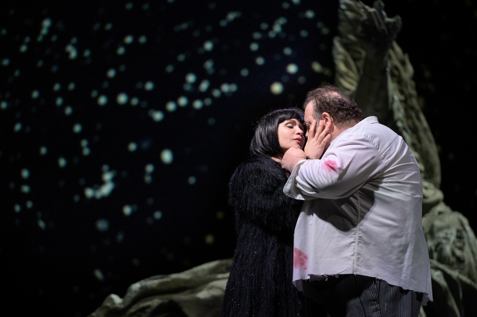 """""""Tosca"""", di Giacomo Puccini, per la regia di Edoardo De Angelis, dal 22 al 29 gennaio 2020 al Teatro San Carlo di Napoli"""