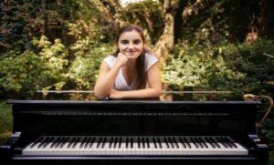"""Concerto di Ginevra Costantini Negri, per la rassegna """"Diciassette & Trenta Classica"""", il 31 gennaio 2020 al Teatro Diana di Napoli"""