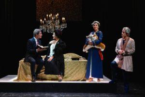"""Recensione dello spettacolo """"Una tragedia reale"""" al Teatro Sannazaro di Napoli"""