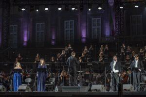 """La """"Nona"""" di Beethoven, da Juraj Valčuha, a Piazza del Plebiscito"""