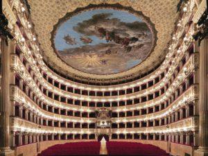 Teatro San Carlo di Napoli aperto per le visite guidate per tutto il mese di agosto 2020
