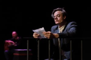 """""""Tavola tavola, chiodo chiodo"""", di e con Lino Musella, dal 22 ottobre al 1° novembre 2020 al Teatro San Ferdinando di Napoli"""