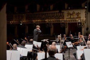 Juraj Valčuha dirige il Notturno n1 op.70 di Martucci e la Sinfonia n.6 in si minore op.74 di Čajkovskij, on demand dal 19 novembre 2020