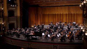 Dan Ettinger dirige l'Orchestra del Teatro San Carlo di Napoli, in streaming dal 30 aprile 2021